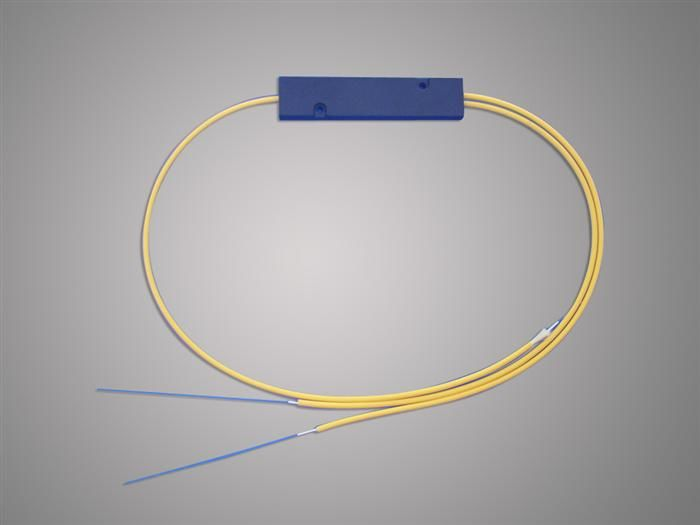চীন High Reliability 1 * 2 FBT Optical Fiber Splitter 1310 / 1550nm For Local Access Ntwork সরবরাহকারী